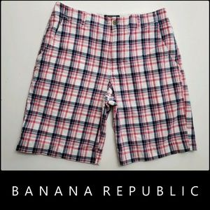 Banana Republic Men Flat Front Plaid & Check Short